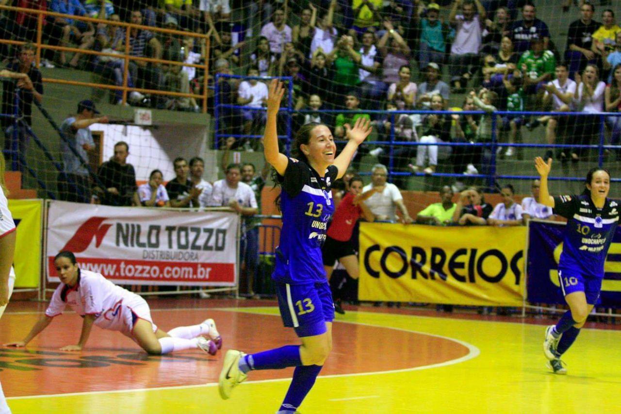 Brenda De Souza Bettioli